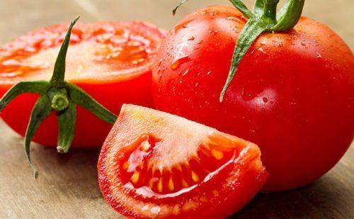 cà chua dưỡng trắng da